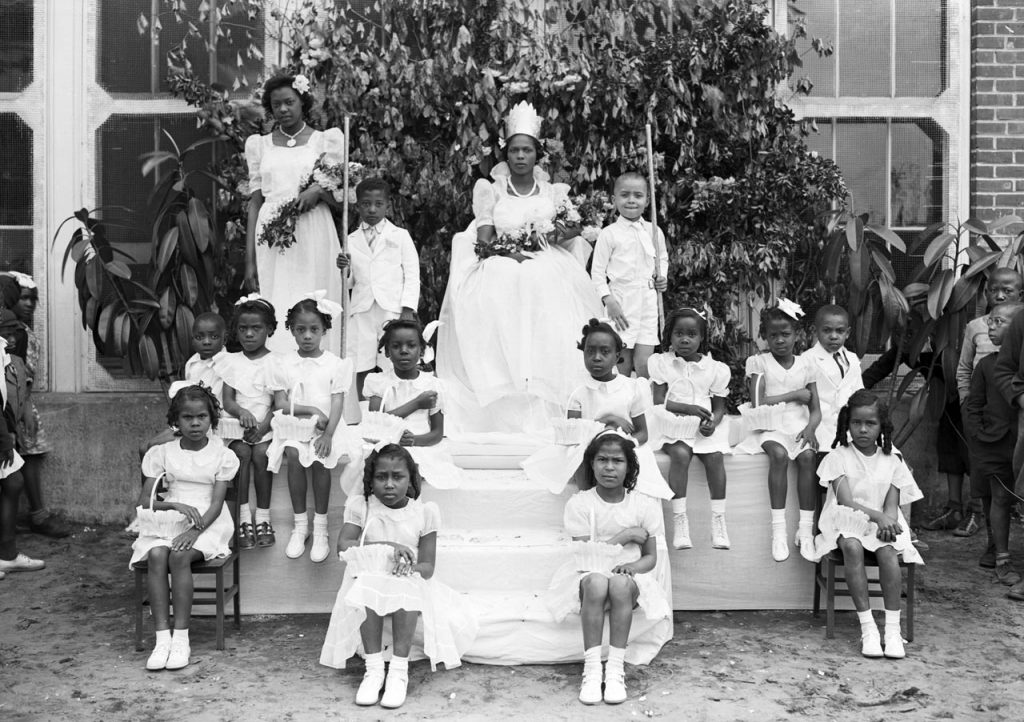C1:162  Hamblin Studio Photograph Collection.  May Queen - Booker T. Washington, May 10, 1940 (vdlp_suffolk_ng0118)